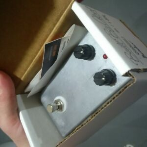 guitar pedal: boutique vintage fuzz- germanium transistors