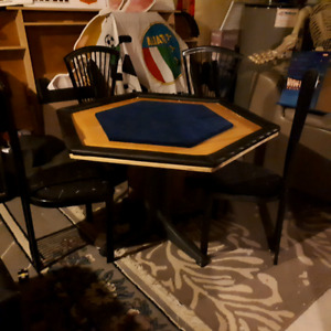 6 person poker table plus 4 chairs