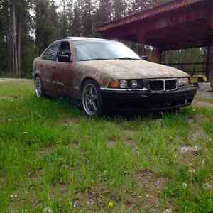 Bmw 325i part out. 2 sets of 5x120 wheels.
