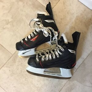CCM RBZ 50 Ice Skates - Junior Size 3
