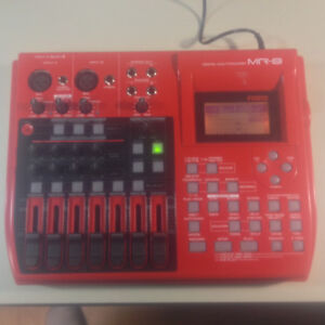 MR-8 Fostex 8 Track Digital Multitracker ($ 100.00)