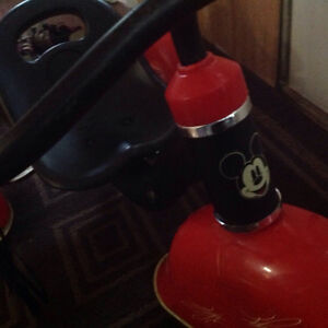 Mickey Mouse tricycle great condition Cambridge Kitchener Area image 6