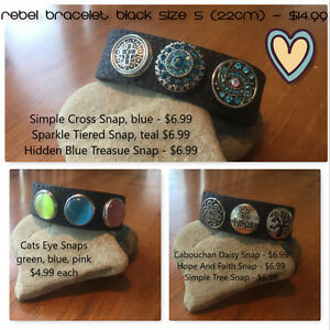 Book your YoshiBella jewelry party now!