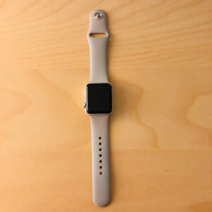 Apple Watch Series 3 38mm Silver GPS for SALE!