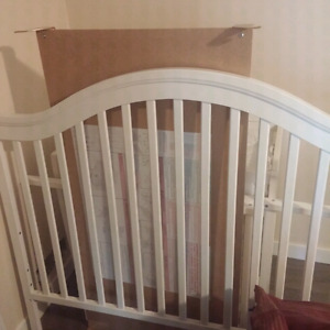 White crib/toddler bed and change table