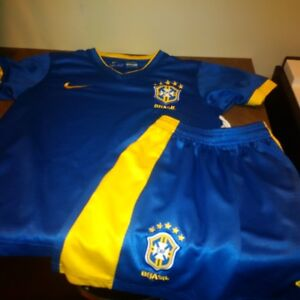 Boys Soccer Uniforms - Portugal and Brazil Kitchener / Waterloo Kitchener Area image 4