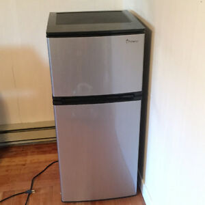 Apartment Fridge/Freezer