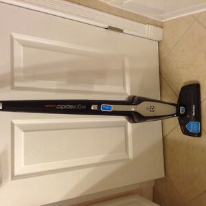 Electrolux cordless upright Vacuum with charging station