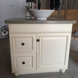 "Thomasville 30"" vanity with quartz top and vessel sink"
