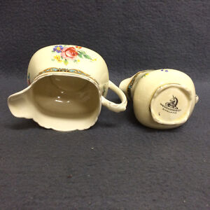 Collectible Antique Wedgwood & Co England Creamer Set London Ontario image 7