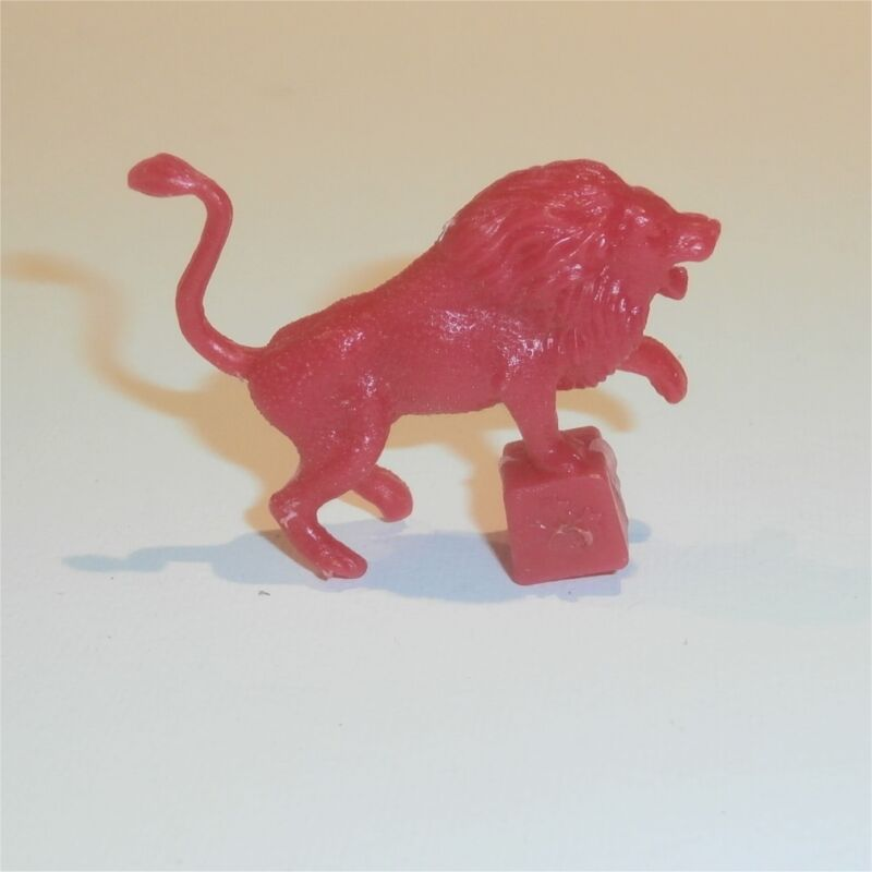 Cereal Toy Sanitarium Stars of the Big Top Lion Red 1974  R&L
