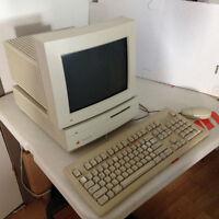 Ordinateur de 1990 MAC IISi **Accepte les échanges**