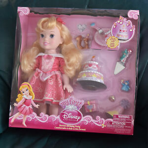 BNIB Disney Princess Aurora's Birthday Party set