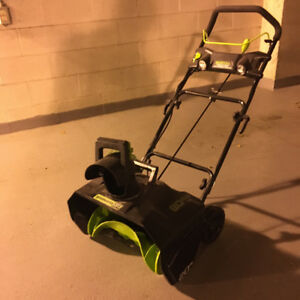 Greenworks 80V Electric Snowthrower