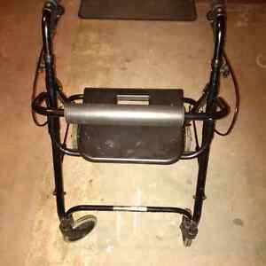 Dana Douglas 4200DX Wheeled Walker