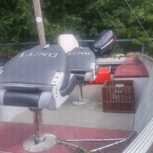 16 ft Lund Rebel Fishing Boat