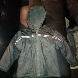 Boys Kid Things Winter Jacket with hood - size 5 - Brand New