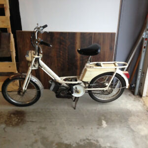Moped (Peugeot 1979)-Runs