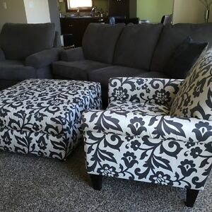 Sofa, with 2 matching arm chairs and ottoman. LIKE NEW!!