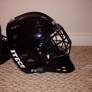 Itech Goalie Mask with Carry Bag Cambridge Kitchener Area image 1