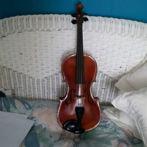 OLD VIOLIN WITH CASE FOR SALE