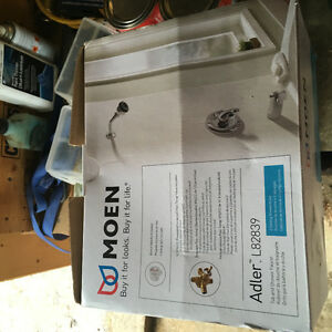 Moen- Shower / tub valve and trim kit