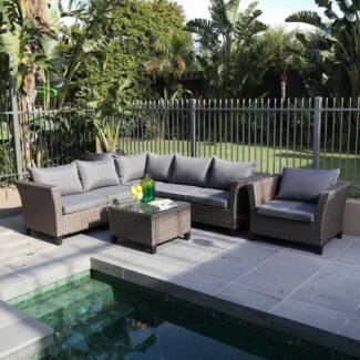 Outdoor Living Wisconsin 7 Piece Lounge Set (New)