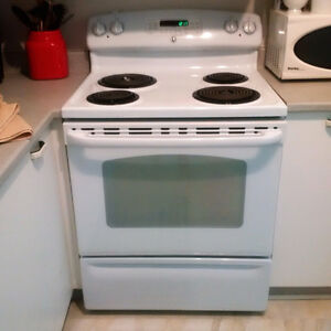 "White GE 30"" Stove - Convection - Self-Cleaning - New"
