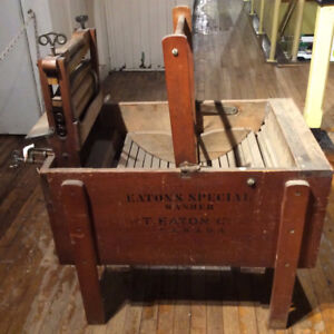 Vtg T. Eaton Co. Eaton's Special Wooden Washer Washing Machine