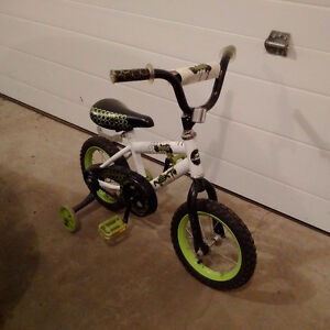 BMX bicycle for young boys