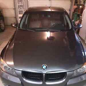 2008 BMW 335xi Low KMS
