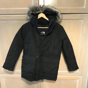 The North Face youth parka size M BRAND NEW