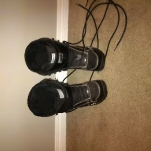 size 8.5 Boots, like new