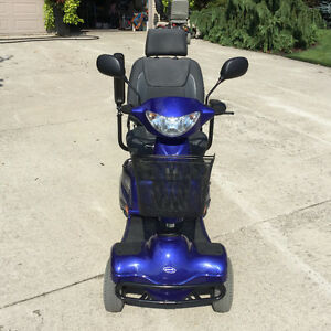 INVACARE Auriga 4 wheel mobility scooter showroom condition London Ontario image 3
