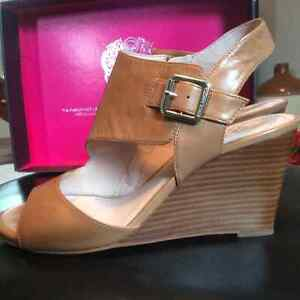 Beautiful Vince Camuto sandals