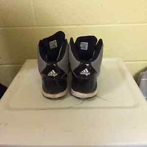 Adidas Basketball shoes Kitchener / Waterloo Kitchener Area image 6