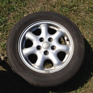 Set of 4 tires on Rims 205/55/R15 Kumho Ecsta ASX - Great shape