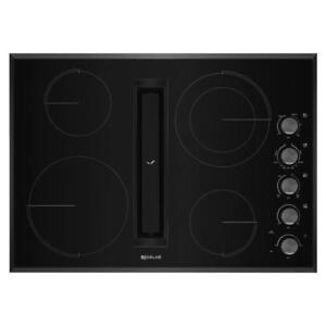 Plaque de cuisson Jenn-Air 30 po, downdraft, Noire, Showroom