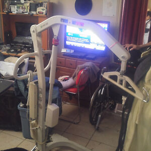 Hoyer lift and reclining wheel chair