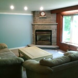 1-2 Bedrooms available walking distance to Campus and Downtown!