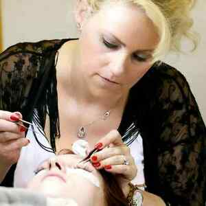 $499. No Tax~Lash Training~Private 1 on 1~Cert. & Kit. London Ontario image 2