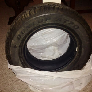 Toyota Tacoma 4 - Like new Dunlop All Season Tires