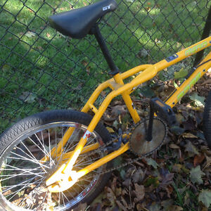 Old school bmx Dyno zone GT ,California cruiser ,good shape Kitchener / Waterloo Kitchener Area image 2