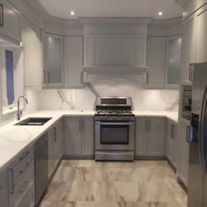 $12,000 Fancy Customized Kitchen Cabinets with Quartz Countertop