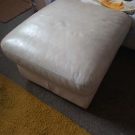 Cream 2x 2 seater sofas FREE