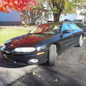 2003 Oldsmobile Aurora Berline Cuir