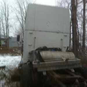 Parts Truck,Freightliner Classic Strathcona County Edmonton Area image 7