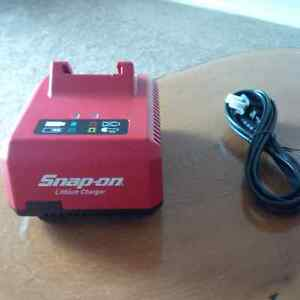 Snap on - 18Volt Lithium Charger New !!!!!