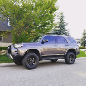 2018 Toyota 4runner TRD offroad lifted