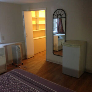 two furnished rooms ava NOV 12TH, 24 TH , 800/900